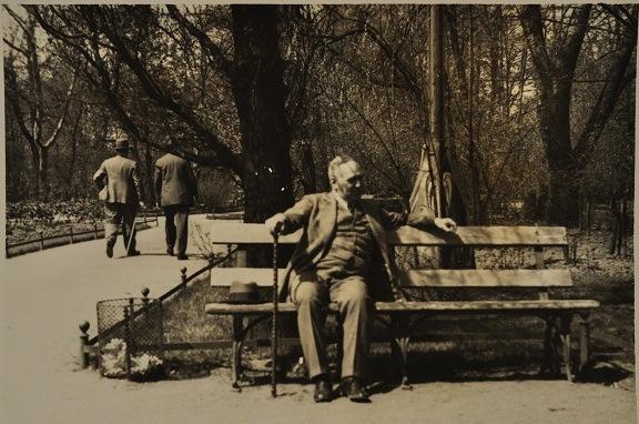 https://dbs.bh.org.il/image/arthur-kochmann-gleiwitz-silesia-poland-1930s